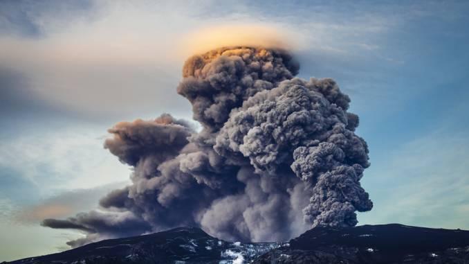 wybuch-wulkanu-islandia.jpg