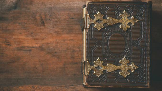 biblia-stara.jpg