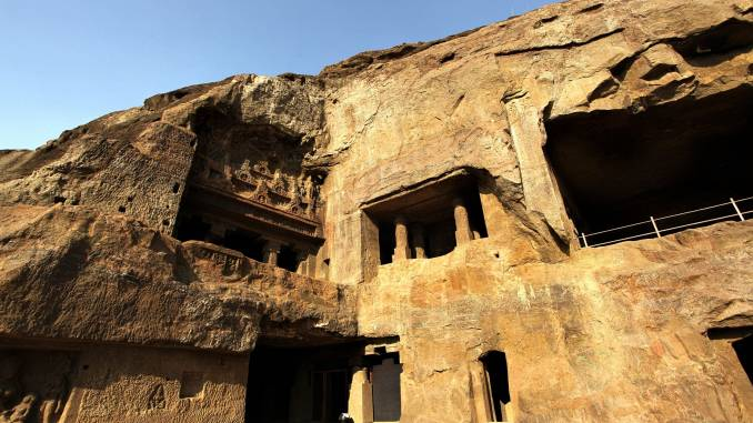 Świątynia-skalna-Kailaś.jpg