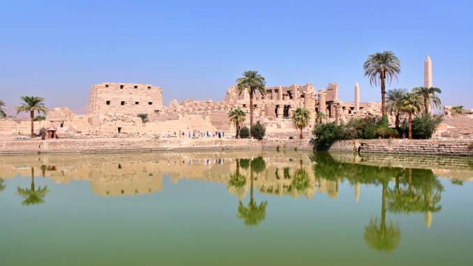 Święte-jezioro-karnak-luksor-egipt.jpg