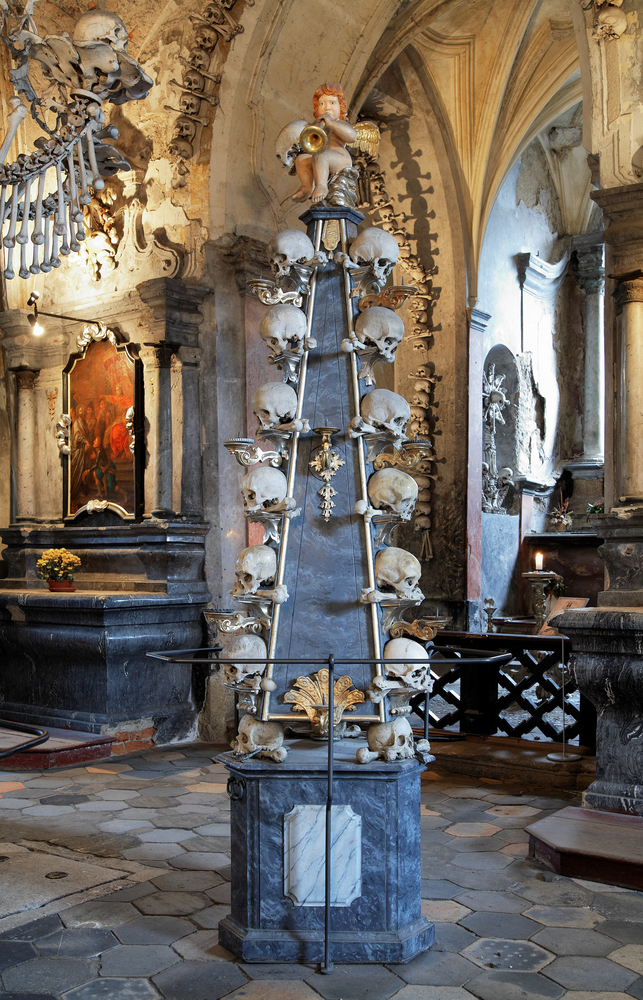 Kaplice-z-ludzkich-czaszek.jpg