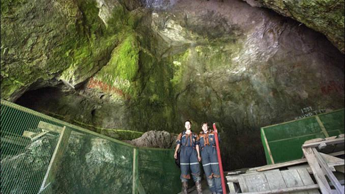 jaskinia-denisowa.jpg