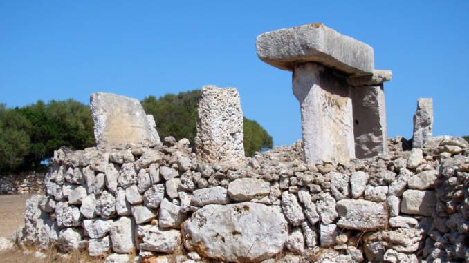 megality-minorca-minorka.jpg