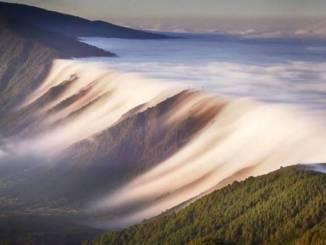wodospad-chmur-lapalma.jpg