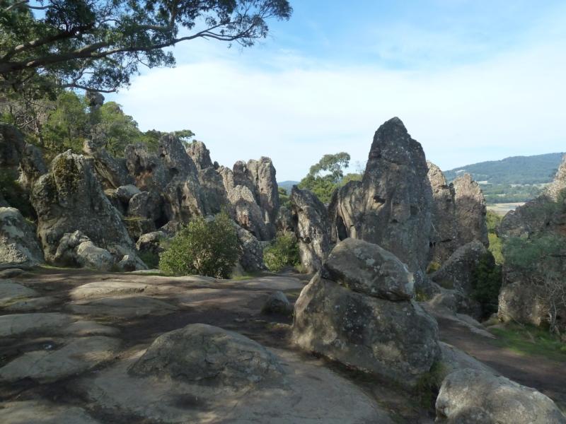 wisząca-skała-australia.jpg