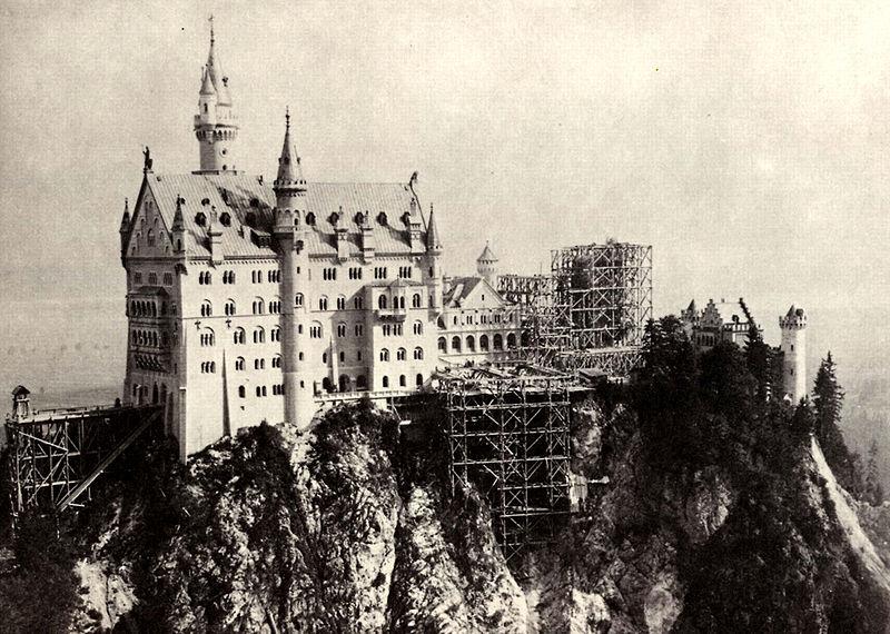 zamek-neuschwanstein.jpg