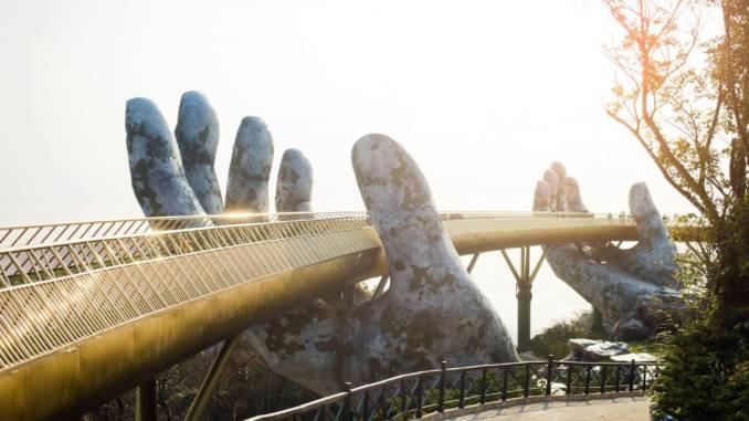 złoty-most-wietnam.jpg