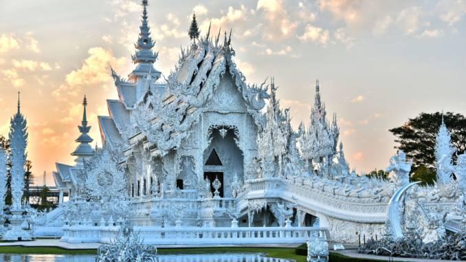 Wat-Rong-Khun.jpg
