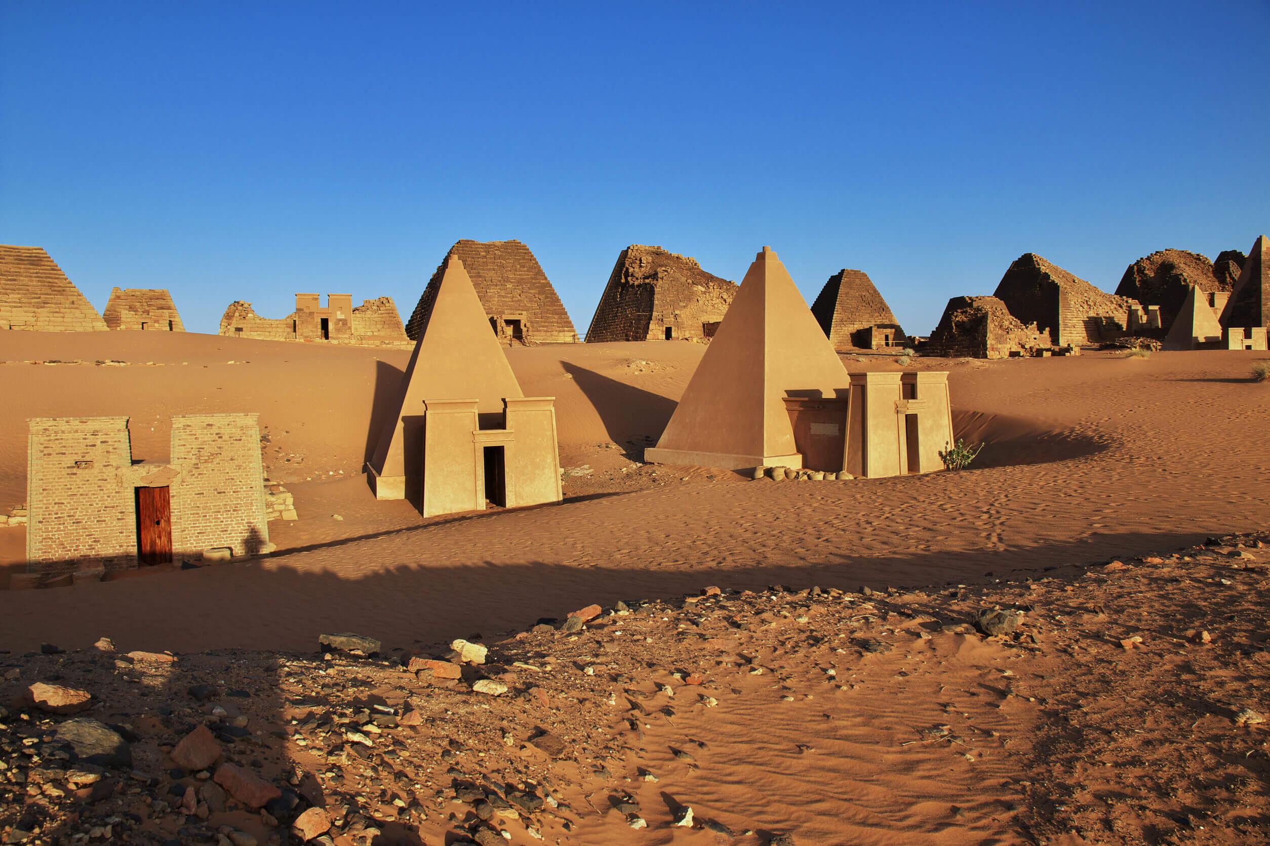 piramidy-meroe.jpg
