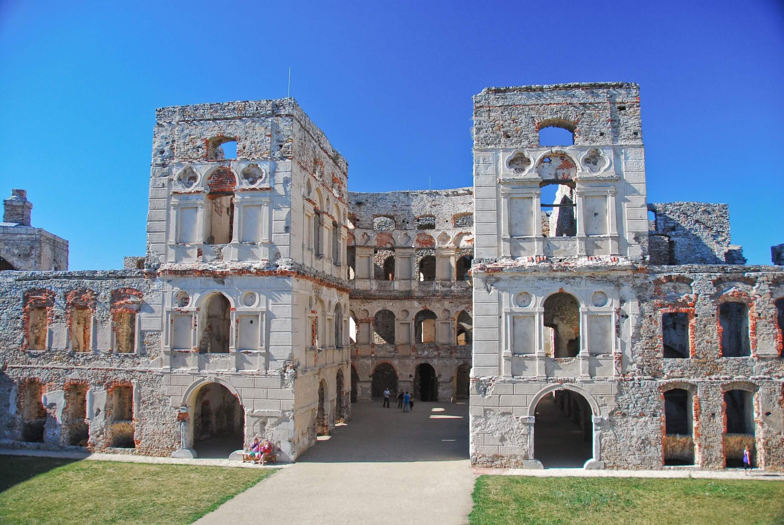 zamek-ossolińskiego.jpg