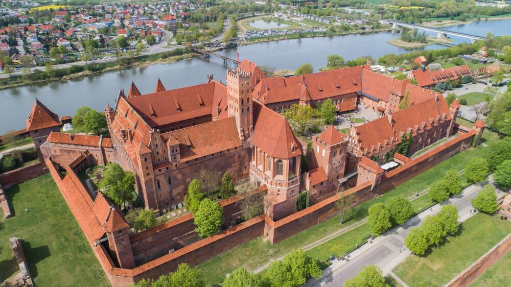 zamek-w-malborku.jpg