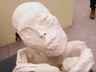 trójpalczasta-mumia-nazca