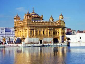 złota-świątynia-amristar.jpg