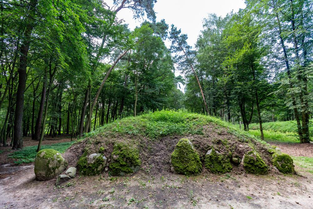 grobowce-szkieletowe.jpg