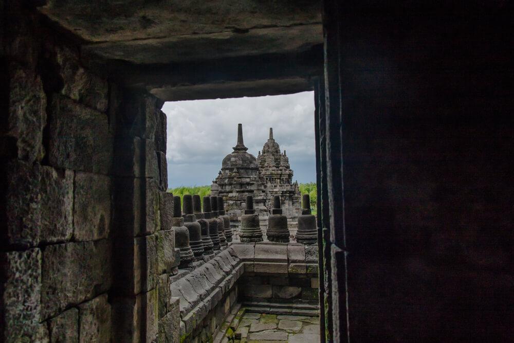 świątynia-jawa.jpg