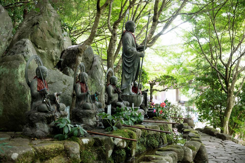 świątynia-daishoin.jpg